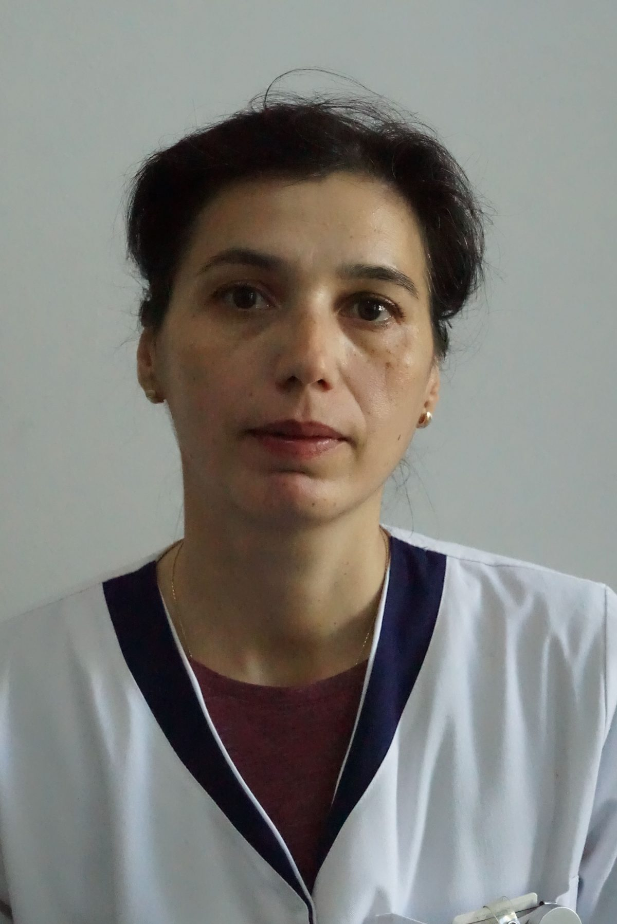 DanielaIova00137-copy-1200x1798.jpg