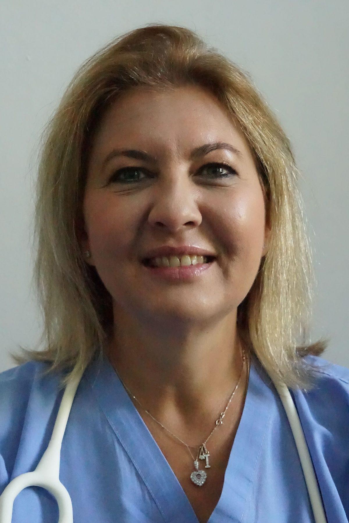IoanaOprescu00135-copy-1200x1798.jpg