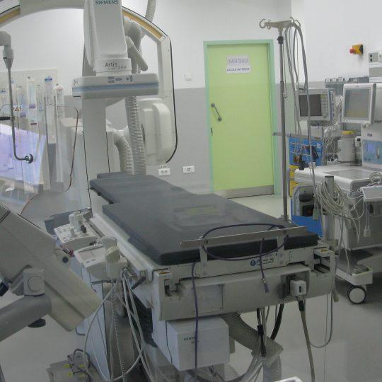 Angiograf biplan